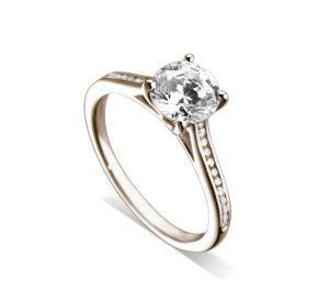 Lumineuse : Bague de fiançailles en or rose 18k, cathédrale et sertie diamants G/VS. Épaules serties rail 24 diamants G/VS total 0.11 carats.