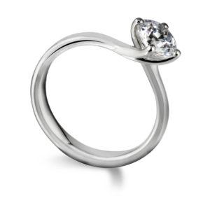 Sublime : Bague de fiançailles diamant solitaire nord-sud en or blanc 18k. Production et livraison en 18 à 4 jours ouvrés.