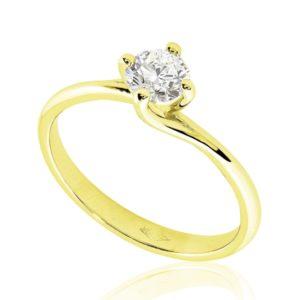 Gracieuse : Bague diamant or jaune 18k, étreinte nord-sud par quatre griffes. Production et livraison en 7 à 4 jours ouvrés.