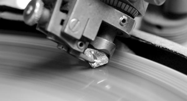 diamant taillé sur disque de taille