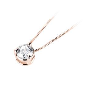Eclatant : Pendentif diamant en or rose 18k trois griffes, chaîne en or incluse. Production et livraison en 10 à 5 jours ouvrés.