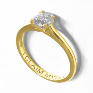 Traditionnelle : Solitaire diamant en or jaune 18k , bague à cathédrale. Production et livraison en 7 à 4 jours ouvrés.