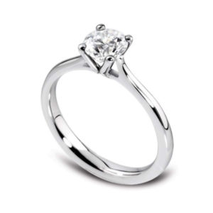 Naturelle : Solitaire diamant en or blanc 18k à quatre griffes et cathédrale. Production et livraison en 7 à 4 jours ouvrés.